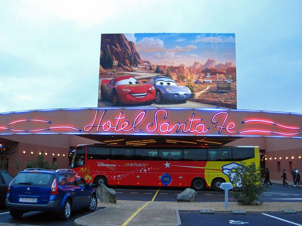 Camere Santa Fe Disneyland : Hotel disneys santa fe 2* disneyland paris franta parcuri